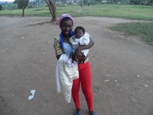 Francinz mit meinem kleinen Baby Naillah