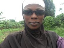 Das bin ich mit Sonnenbrille und Kopftuch