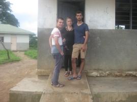 János, Meret und Leander bereiten die nächste Aufgabe vor