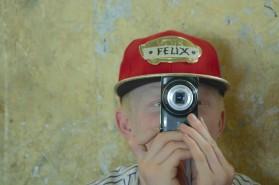 Felix macht ein Foto.