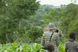 Fotospaziergang- Richard macht ein Landschaftsfoto